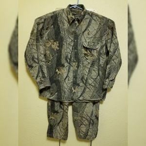 Spartan Realtree camo outfit **see description **
